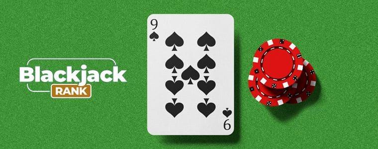 Spielkarte neben dem BlackJackRank-Logo