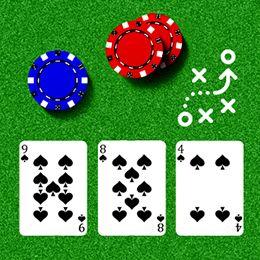 Drei Pik Spielkarten und Chips